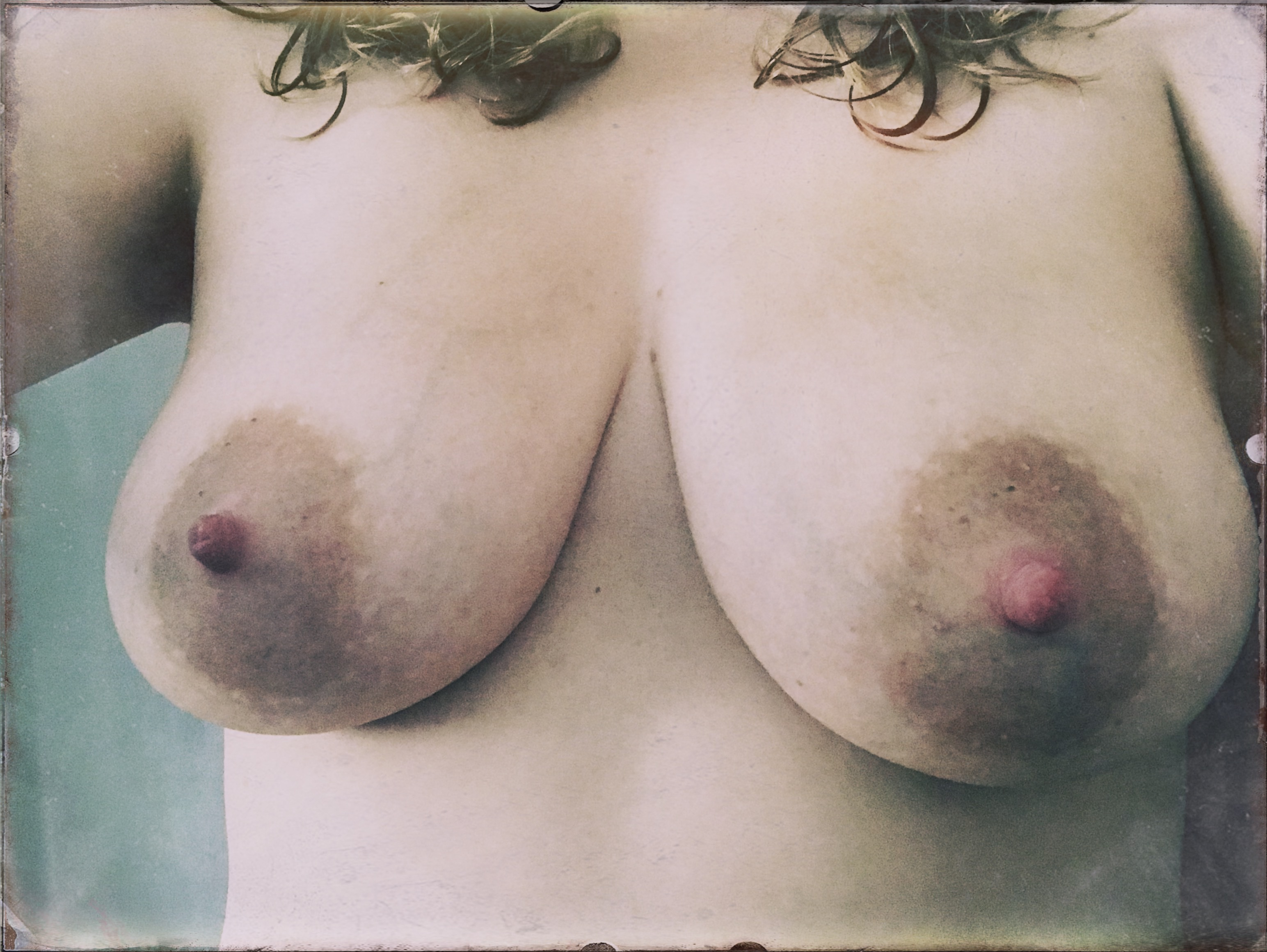 A photo of my naked breasts as a thank you for donating